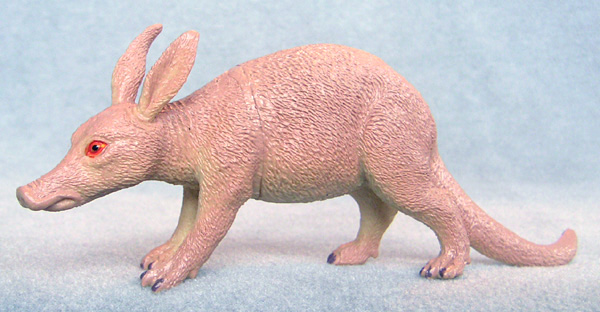 Aardvark-plastic-animal-toy-f1043