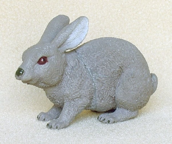 Hare-rabbit-plastic-animal-f1051